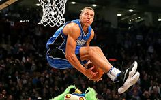 Aaron Gordon pic from https://www.google.fi/search?q=aaron+gordon&espv=2&site=webhp&source=lnms&tbm=isch&sa=X&ved=0ahUKEwiU1KLCkYTTAhXkYpoKHd9XAi4Q_AUIBigB&biw=1833&bih=1080#imgrc=Bi7Iju8FBmkmzM: