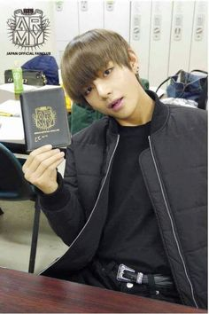Japan Official Fanclub - cr- Twitter - image #2551219 by taraa on ...   Taehyung