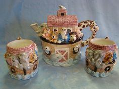 NOAH'S ARK TEA POT AND CUPS