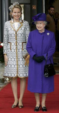Reinas Isabel Ii de Inglaterra & Matilde de Belgica