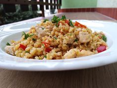Fried Rice, Fries, Lunch, Dinner, Ethnic Recipes, Food, Bulgur, Red Peppers, Dining