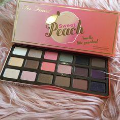 Sweet Peach smells like Peaches#toofaced #sweetpeach #sweetpeachpalette by makeupbyhanoody