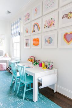 Looking for kids playroom ideas or playroom storage solutions? Today we are looking at some brilliant kids playroom storage ideas. Playroom Design, Playroom Decor, Kids Room Design, Kids Decor, Playroom Paint Colors, Playroom Table, Decorating Kids Rooms, Bonus Room Playroom, Small Playroom