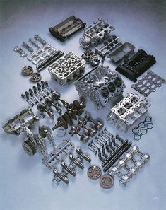 Exploded View of Car Engines Honda Motors, Motor Engine, Car Engine, Mechanical Design, Mechanical Engineering, Soichiro Honda, Race Engines, Combustion Engine, Muscle Cars