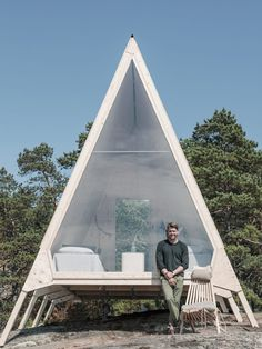 Finnish designer Robin Falck designed the Nolla cabin, but would he live in it? Read on to discover more about the design process and ideology behind creating a lasting, sustainable design that brings its visitors closer to nature. Prefab Cabins, Prefab Homes, A Frame Cabin Plans, House Cladding, Luxury Tents, Farm Stay, Tiny House Cabin, Sustainable Design, Architecture Details
