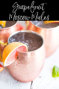 Shake up happy hour with Grapefruit Moscow Mules!  Fresh grapefruit juice, ginger beer, and vodka are the stars in this delicious cocktail. #cocktail #moscowmule #grapefruit @greenschocolate via @greenschocolate