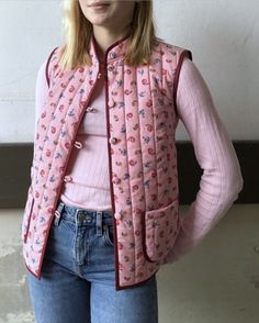 BLOG — marapytta Quilted Vest, Cosmetic Bag, Sewing Projects, Textiles, How To Make, Inspiration, Instagram, Fashion, Scrappy Quilts