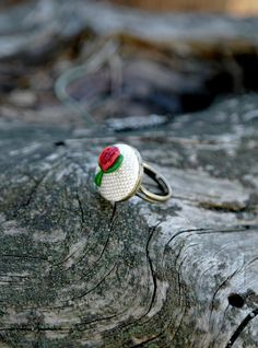 Embroidered ring, ring with rose, adjustable ring, gift for her, floral ring by ZoZulkaart on Etsy