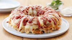 Snacks Pizza, Pizza Recipes, Bread Recipes, Appetizer Recipes, Cooking Recipes, Skillet Recipes, Cooking Tools, Yummy Recipes, Pizza Appetizers