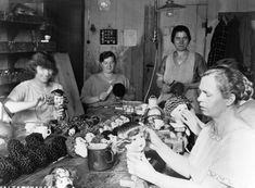1931 Workers style dolls' hair at a factory in Germany. IMAGE: ULLSTEIN BILD/ULLSTEIN BILD/GETTY IMAGES