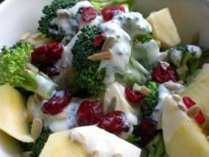 Super-Nutritious Broccoli Salad with Apples and Cranberries | Main Dishes for Fighting PCOS  This low-calorie, low glycemic salad is made of ingredients that are bursting with anti-PCOS nutrients such as B vitamins, calcium, zinc, magnesium, and chromium.
