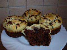 Már régen sütöttem muffin-t. :) Meg egyáltalán az utóbbi időben kicsit elhanyagoltam a sütést, más egyéb elfoglaltságaim miatt nem igazán volt időm...