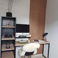 Home Office quase pronto, só falta personalizar o nosso PegBoard.  Gostaram?  Depois vou fazer um stories contando os detalhes ;) . . . . #casa #apartamento #diy #facavocemesmo #apto #wood #myhome #home #homesweethome #homedesign #homedecor #homeoffice #escandinavo #designdeinteriores #design #arquitetura #cactus #apple #inspiration #interior #interiores #interiordesign #instahome #instadecor #lovedecor #decor #deco #decoration #decoração