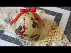 ▶ Easy Scrap Fabric Christmas Balls | Tutorial - YouTube