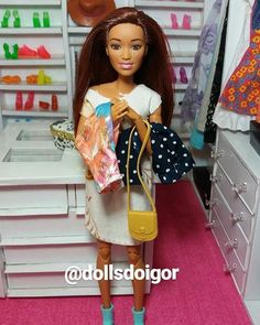 Obrigado as amigas Aiko, Tina, Akemi e Cimeia do ig:  @salamandra.dolls pelos presente ❤ amei tudo já vou usar ....#blogsdemoda #voguebrasil #barbiefashion #blogueirasdemoda #fashionblogs #barbiestyle  #blogsbrasil#beatiful #photoinsta #inspire #photography #maquiagem #maquiagemx #perfect #makeupartist #modadoll #after #love #beforemeetsafter #woman #acessorios #brincos #tintsmakeuppro#hudabeauty #wakeupandmakeup #barbiegram #Barbie  #peachyqueenblog