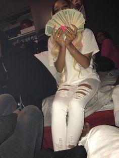 Money On My Mind, My Money, How To Get Money, Make Money Online, Money Pictures, Dollar Money, Best Friend Outfits, Money Stacks, Gangsta Girl