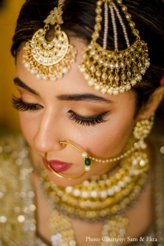 Bride Wedding Look Bride And Son, Bride Look, Wedding Looks, Wedding Bride, Gorgeous Hair, Beautiful Bride, Gold Lehenga, Real Life Princesses, Mehndi Ceremony
