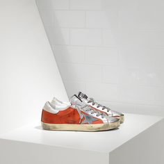 online store 75cc1 864a7 Superstar Sneakers in Leather with Suede Star