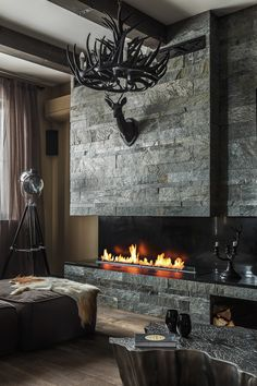 design a living room with a nice fireplace, here is about tips and mistakes in decorating 98 Black Fireplace, Fireplace Hearth, Modern Fireplace, Fireplace Design, Fireplaces, Spa Interior, Interior Design Living Room, Living Room Designs, Living Room Decor Fireplace