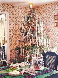 Out of Print Decorating - Country Home, December 2003, Through The Woods, featuring the home of Nick Gamarello