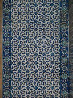Istanbul, Turkey: Rustem Pasha Camii (Mosque): wall (Iznik) tiles (1560, architect Mimar Sinan)