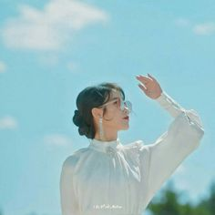Lee Ji Eun shared by 카이레 Bbyu.// on We Heart It Korean Actresses, Korean Actors, Korean Girl, Asian Girl, K Drama, Iu Fashion, How To Pose, Korean Artist, Queen