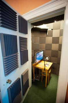 Home Studio Recording Sound Proofing How To Build Ideas Home Recording Studio Setup, Recording Booth, Home Studio Setup, Music Studio Room, Sound Studio, Studio Ideas, Diy Vocal Booth, Home Music Rooms, Sound Room