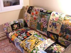 Tapestry sofa from vintage textiles - ambitious and beautiful