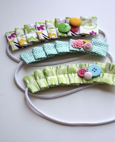 How to make super cute pleated headbands: http://www.craftinessisnotoptional.com/2011/01/pleated-headband-tutorial.html