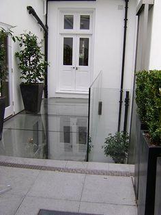 IQ Glass | Glass Floor