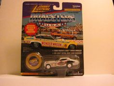 """Wild WILLIE BORSCH - JOHNNY LIGHTNING DRAGSTERS U.S.A. (Series 2) - 1997 Limited Edition - 1 0f 20,000 - Funny Car (White) 1:64 Scale Replica Die-Cast Metal Body and Chassis - Limited Edition # on Base - #2-09533 - Includes Collector Coin - """"WILDMAN"""" eaglecollector83,http://www.amazon.com/dp/B004BCUAU8/ref=cm_sw_r_pi_dp_u.Whtb0HR35FZ36R"""