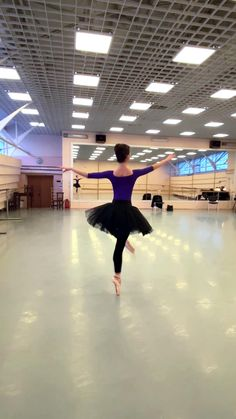 Ballet Dance Videos, Dance Tips, Dance Choreography Videos, Ballet Dancers, Ballerina Dancing, Dancer Workout, Gymnastics Workout, Ballerina Workout, Pilates Fitness
