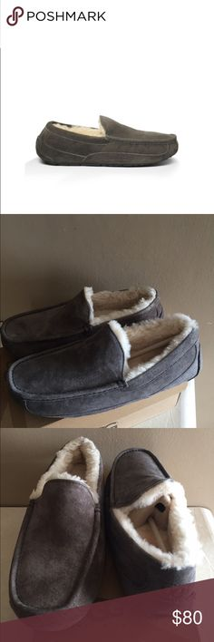 NEW MEN UGG ASCOT Ugg Ascot for men has the comfort of a slipper with the durability of a shoe. The genuine sheepskin lining will keep you feet extra comfortable and warm while the rubber sole will keep the slippers durable for years. UGG Shoes Slippers
