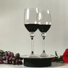 Crystal Glass Wine Bottle 401-500ml Factory Wholesale Customizable Champagne Glass Crystal Diamond Wine Glass Goblet - Buy Red Wine Glass,Crystal Diamond Wine Glass,Goblet Product on Alibaba.com Crystal Pen, Crystal Diamond, Crystal Gifts, Nice Gifts, Best Gifts, Pet Bottle, Making Machine, Glass Material, Crystal Wedding