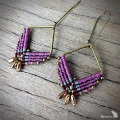 Handcrafted macrame earrings made with linhasita 0,5 mm thread, czech glass beads, square - zamak - bronze tone. The thin 0.5 mm linhasita thread gives a very fine look to the earrings. Used colors of thread: amethyst, gray and cherry black