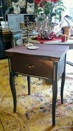 #chalkpaint #majesticpaint #aubergine #Byzantine #burgundy #top coat #gold #paintedfurniture #workshop