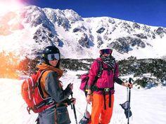 Welcome home monkey, see you on the rocks! Or wanna get some sunbathing on the mountains again? *** credit to @dieta_kvieta  #mountaingirls #mounrainsarecalling #mountains #shred #snowboarding #sunshine #slovakia #dnessportujem #dnescestujem #spring #nature #mountainslife #culoars #freeride #lovevole #humanpowered #skitouring #mthood #mydps #expandyourplayground #showusyourbird #builtforbackcountry #optoutside #goatworthy #skiuphill #arcteryx #powhub