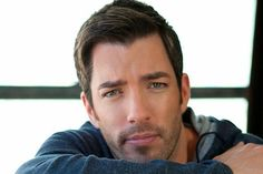 Inside the Property Brothers Cruise: 5 Things to Know About a Fan Cruise Hgtv Property Brothers, Great Scott, Scott Brothers, Vine Compilation, Jonathan Scott, Man Alive, Things To Know, Hot Guys, Haha