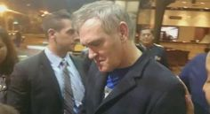 Morrissey signing autographs in Quito, Ecuador, November 2015 - a video via @gabytarules - Twitter.