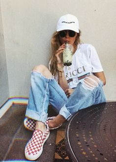 Outfits with checkerboard vans looks com tenis, outfit goals, stylus, schoo Fashion Killa, Look Fashion, Fashion Outfits, Womens Fashion, Fashion Trends, Sneakers Fashion, Doc Martens, Summer Outfits, Casual Outfits