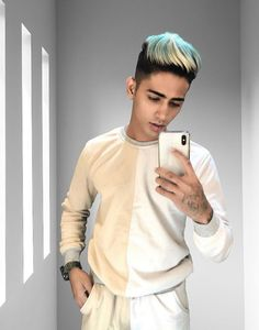Danish Zehen Images and HD Wallpapers Photo Pose Style, New Photo Style, Photo Pose For Man, Cute Boy Photo, Boys Long Hairstyles, Cool Hairstyles, Famous Instagram Models, Photoshoot Pose Boy, Dslr Background Images