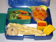 Vegan Lunch Box ideas minus the packaged goods, great ideas