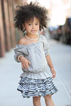 this is exactly what my daughters hair looks like.. yeah, to say it takes some time to comb out is an understatement.. lol