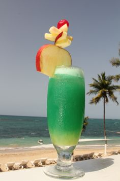 STIR IT UP 1 oz Blackberry brandy + 1 oz Peachsnapps+2 oz Orange juice 2 oz Coruba Dark Rum c.oupl.es/1gE9TcL Couples Jamaica, Fun Drinks, Cocktail Drinks, Cocktail Recipes, Drink Recipes, Cocktails, Caribbean Drinks, Juice 2, Restaurant Bar