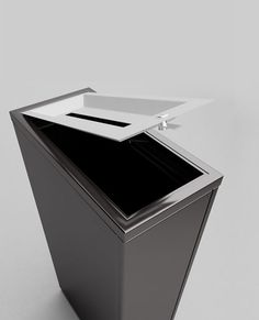 Valuta Waste Receptacles - http://magnusongroup.com/products/wastereceptacles/valuta.html