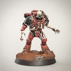 Greater Possessed of the Word Bearers. I had to change his head because I stepped on the original one! Warhammer 40k Figures, Warhammer 40k Art, Warhammer Models, Warhammer 40k Miniatures, 28mm Miniatures, Fantasy Miniatures, Chaos Legion, Warhammer Imperial Guard, Chaos Lord