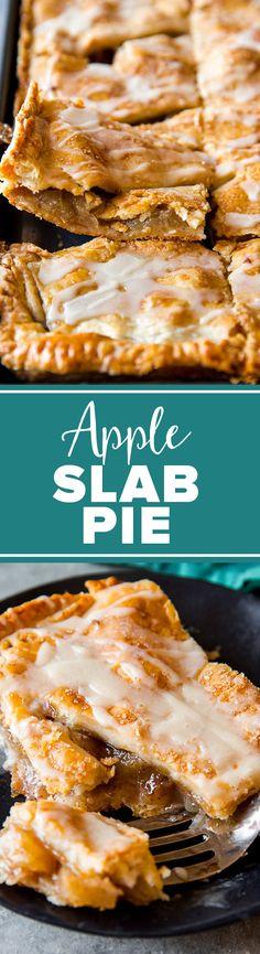 Big homemade apple cinnamon pie! Apple slab pie with maple icing on http://sallysbakingaddiction.com/2016/07/04/apple-slab-pie-maple-icing/