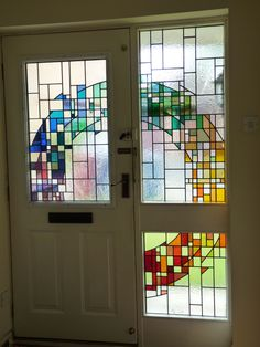 good movement of color from door to sidelights