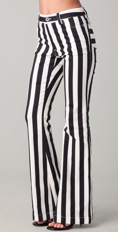I've been in love with these Alice + Olivia high waisted striped pants since I saw them in NYFW. *sigh* $242