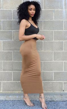 Beautiful Black women are thick and curvy divine goddesses! In Sexy Outfits. Look Fashion, Girl Fashion, Fashion Outfits, Womens Fashion, Black Women Fashion, Fashion News, Latest Fashion, Dress Up, Bodycon Dress